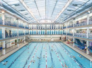 De beste zwembaden in parijs citytrip parijs for Piscine quartier latin
